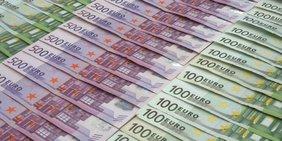 500 und 100 Euro-Scheine